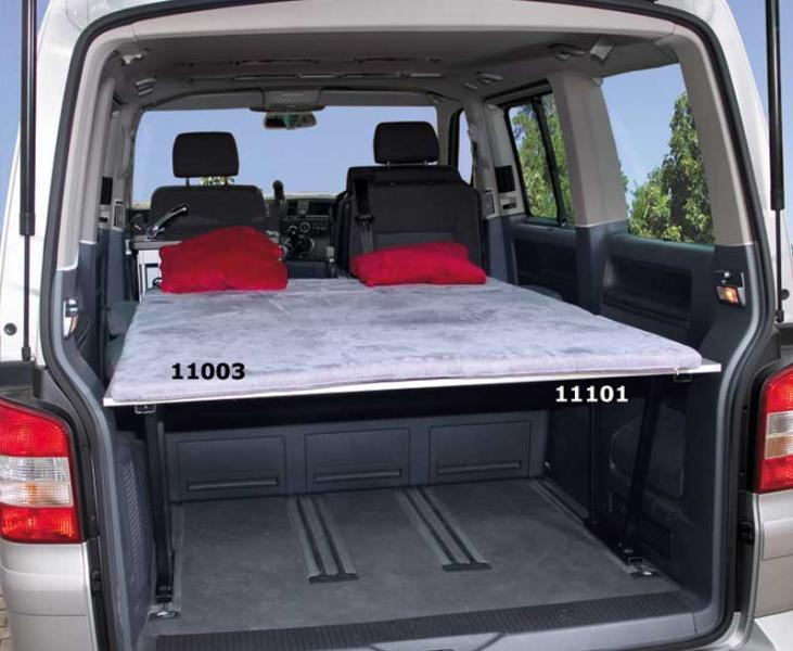 volkswagen t5 multivan innenausbau pantry k chenteil bett. Black Bedroom Furniture Sets. Home Design Ideas