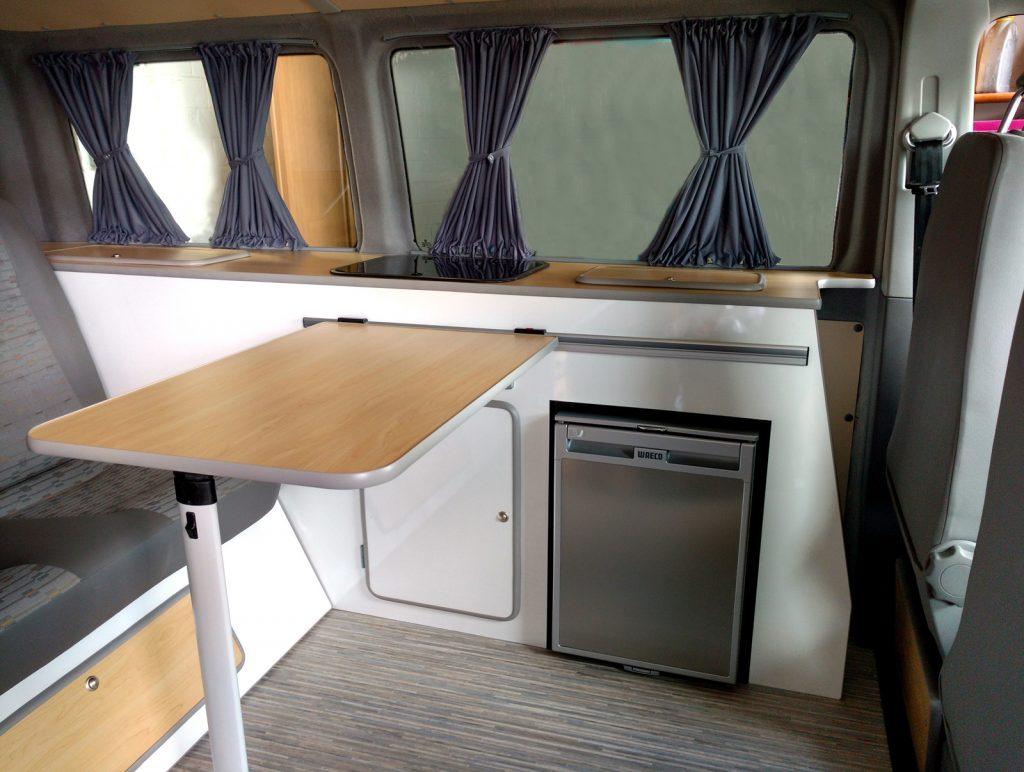 Friesencamper Auf Basis Opel Vivaro Reisemobilausbauten Camping Bus Ausbau